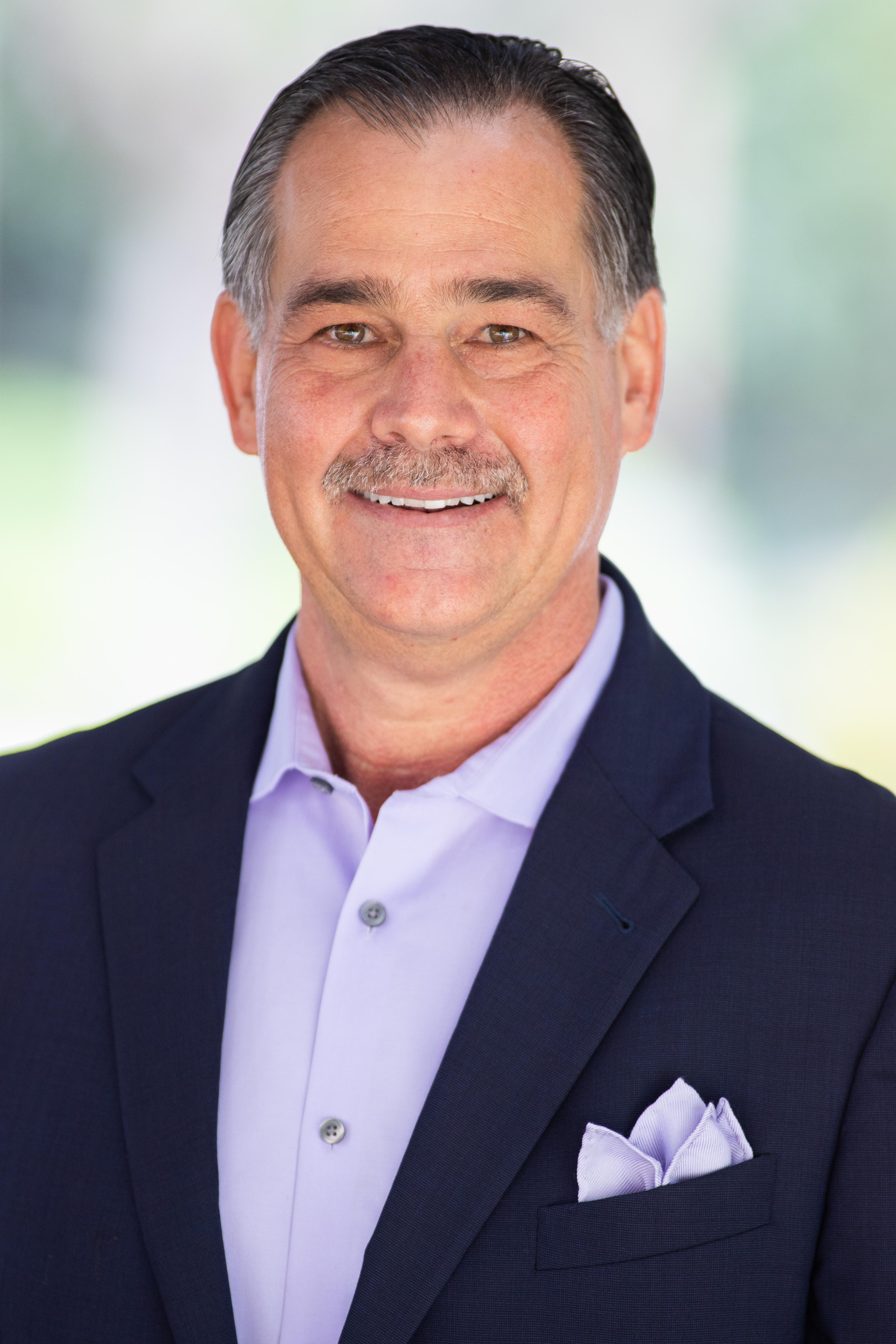 Gregg Cantor's photo - President & CEO of Murray Lampert DBR