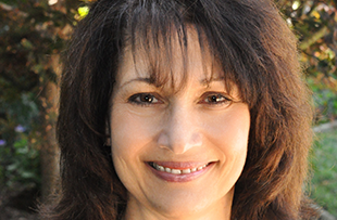 Stephanie Vinella